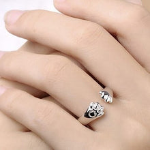 Load image into Gallery viewer, Cat Paw Silver Ring