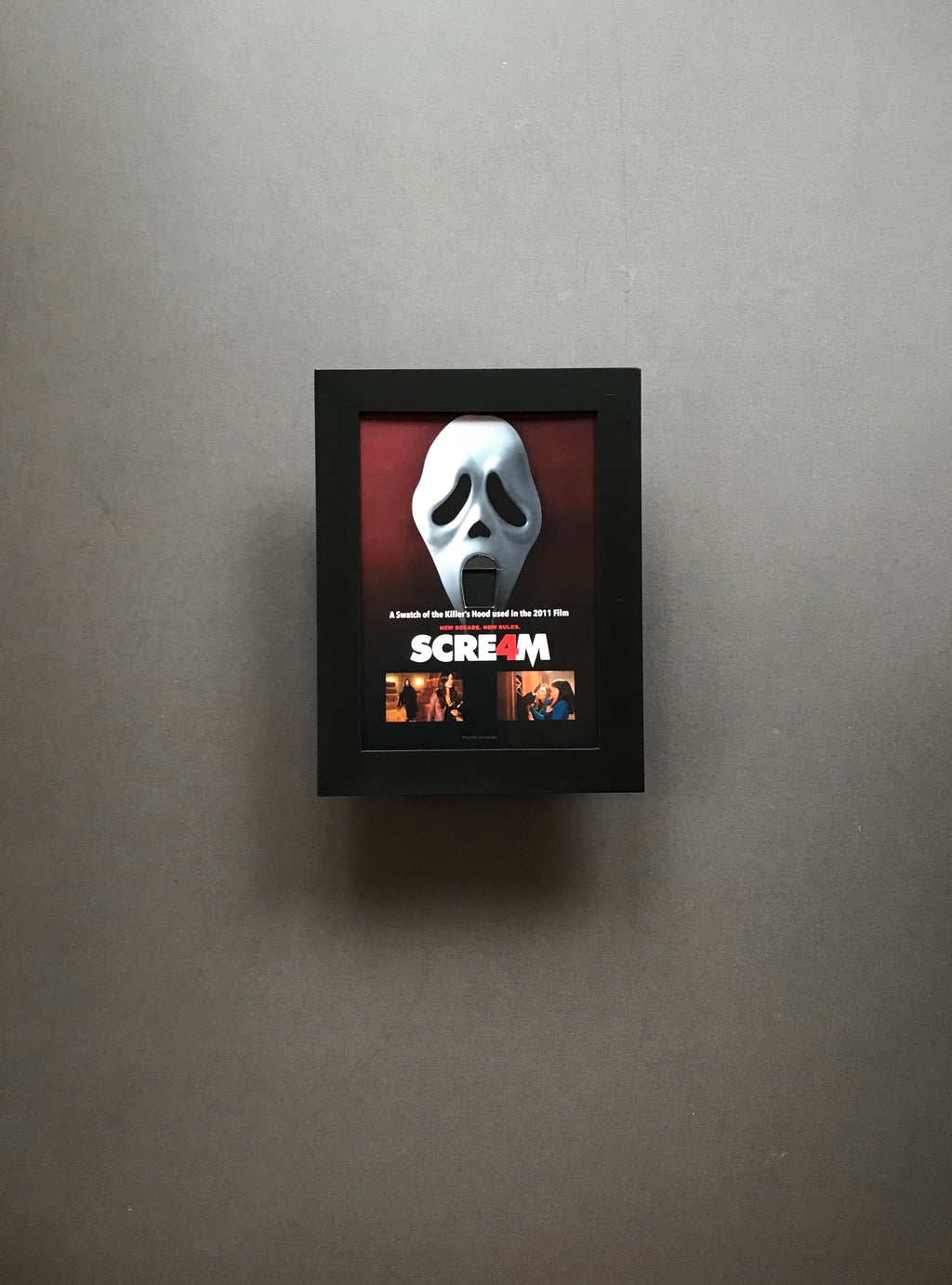 Scream 4 (2011) - A Swatch of the Killer's Hood