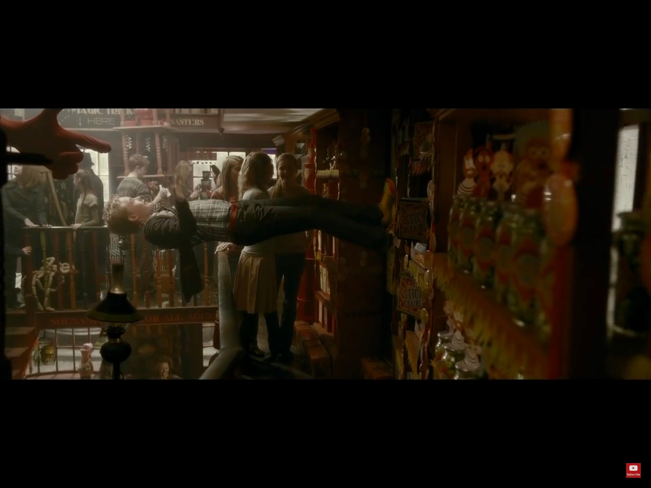 Harry Potter & The Half-Blood Prince (2009) - A 'Weasleys' Wizard Wheezes' Shop Label used in the Film
