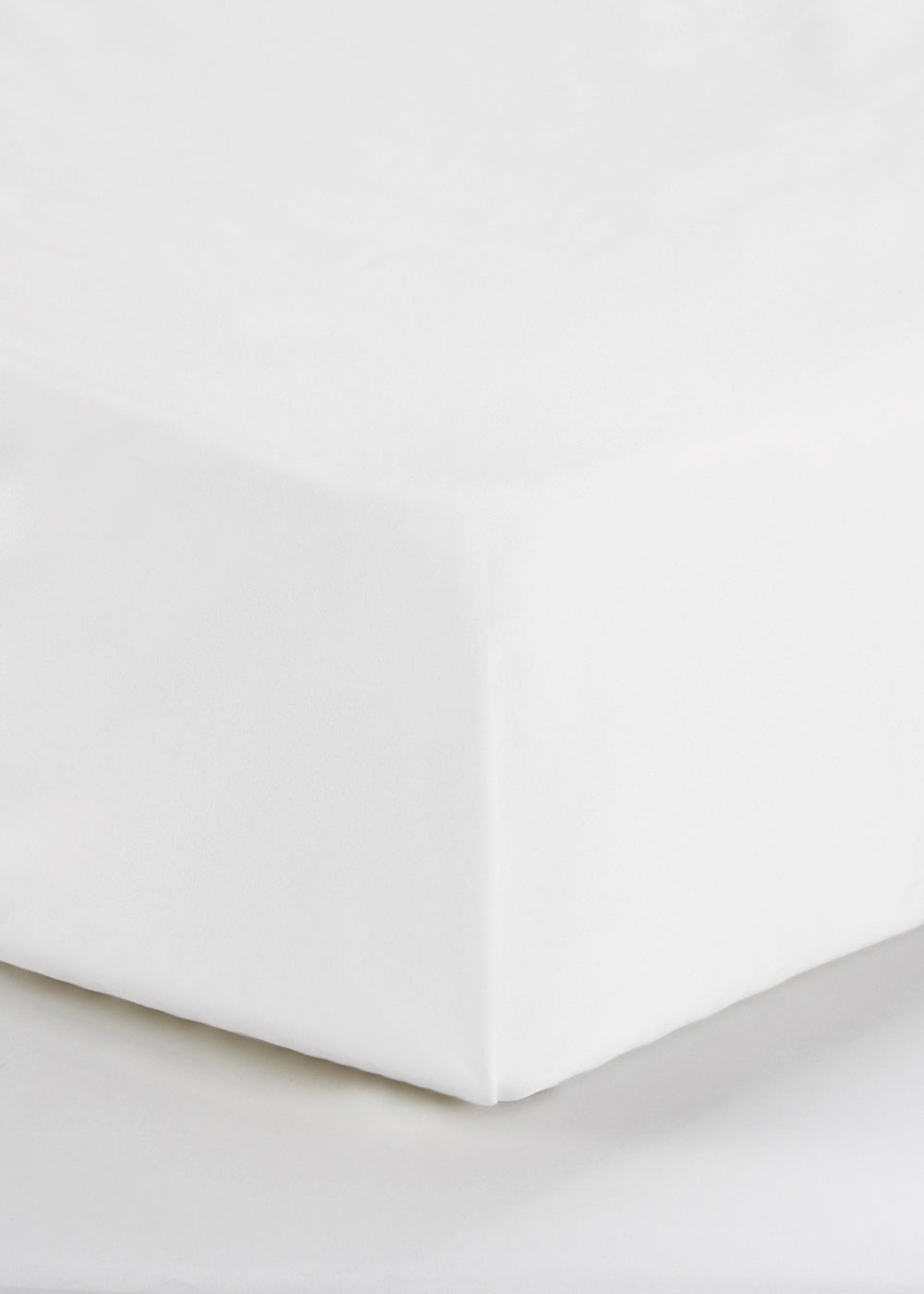 Cotton Rich Flat Bed Sheet (180 Thread Count) M230773
