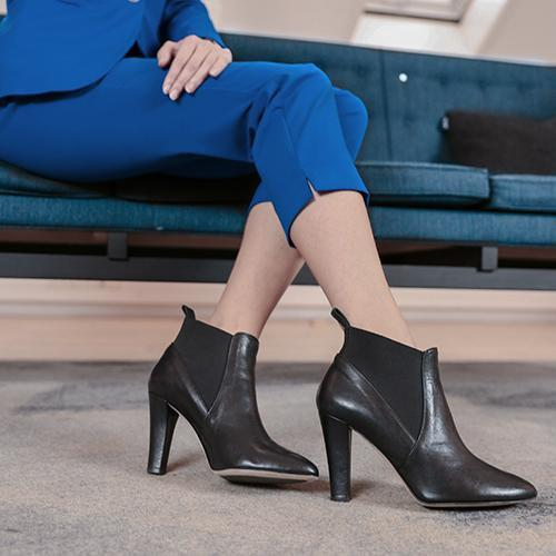 miss-presley-black-leather-boot-roccamore