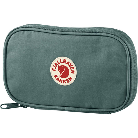 kanken-travel-wallet-f23781_frost green