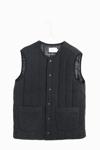 PADDED VEST IN BLACK