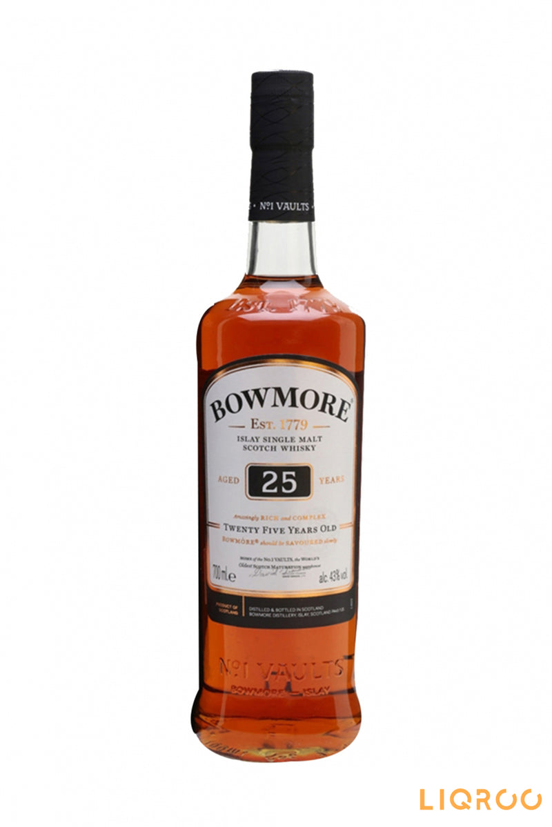 Bowmore' 25 Years Old Single Malt Scotch Whisky