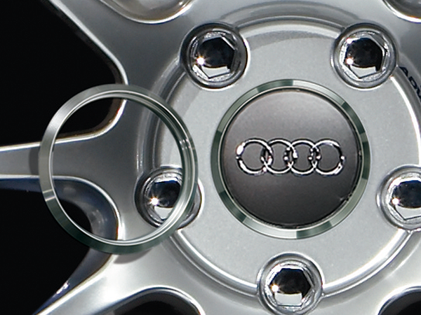Advan 63mm Audi Centercap Adapter Ring - Silver Alumite