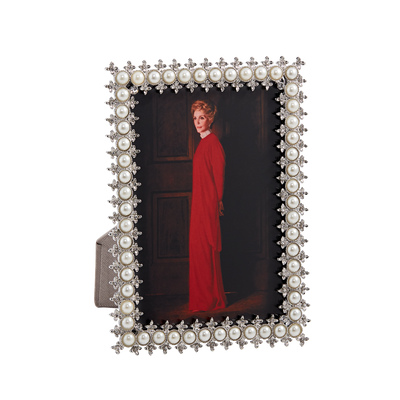 Small Pearl Frame