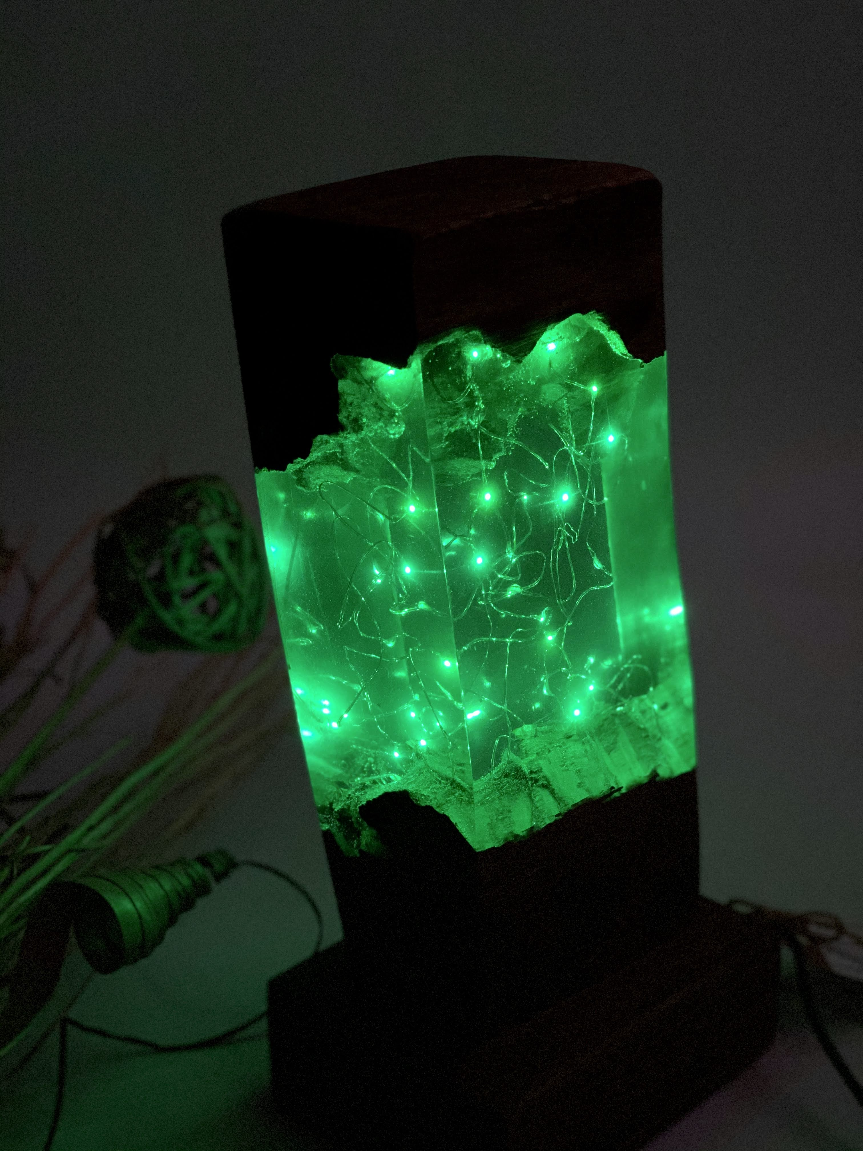 Epoxy Lamp Green Cave