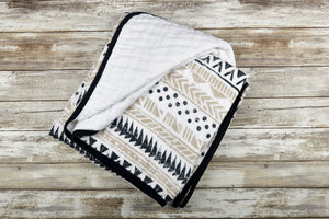 Pyramid Print Newcastle Blanket