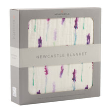 Load image into Gallery viewer, Lavender and White Newcastle Blanket