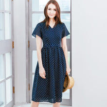Load image into Gallery viewer, woman polka dot dress