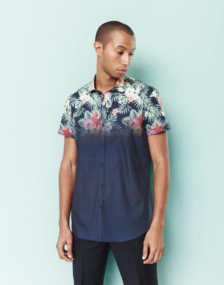 Chemise casual manches courtes motif tropical