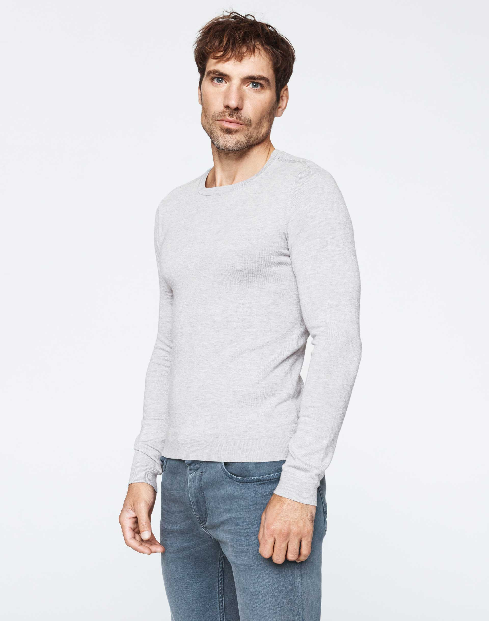 Pull col rond gris chiné