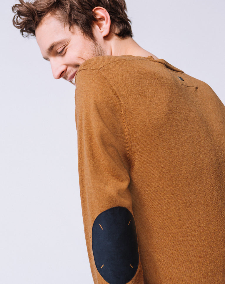 PULL COL V OCRE CHINÉ
