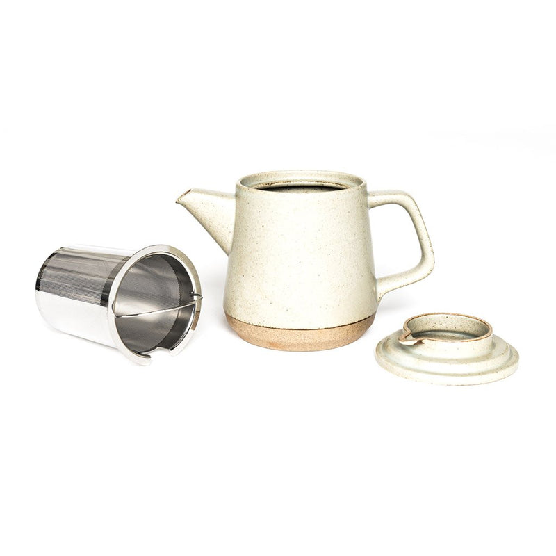 Ceramic Lab teapot beige  A porcelain teapot with a removable strainer: Holds 500 ml.  Teapot Paper & Tea