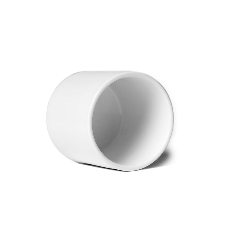 A porcelain cup for daily use: Holds 100 ml Paper & Tea