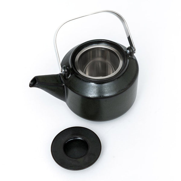 Leaves to Tea Teapot dark green  A porcelain teapot with removeable strainer: Holds 600 ml.  Teapot Paper & Tea