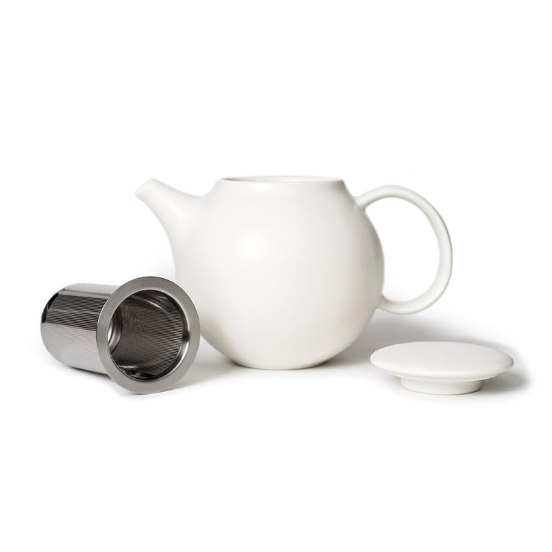 Pebble teapot white  A porcelain pot with removeable stainless steel strainer: Holds 500 ml.  Teapot Paper & Tea