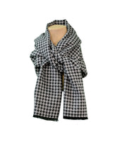 Cashmere Scarf | Houndstooth Black & Gray