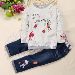 A little bit of loveliness 2pcs Shirt and Denim Pants