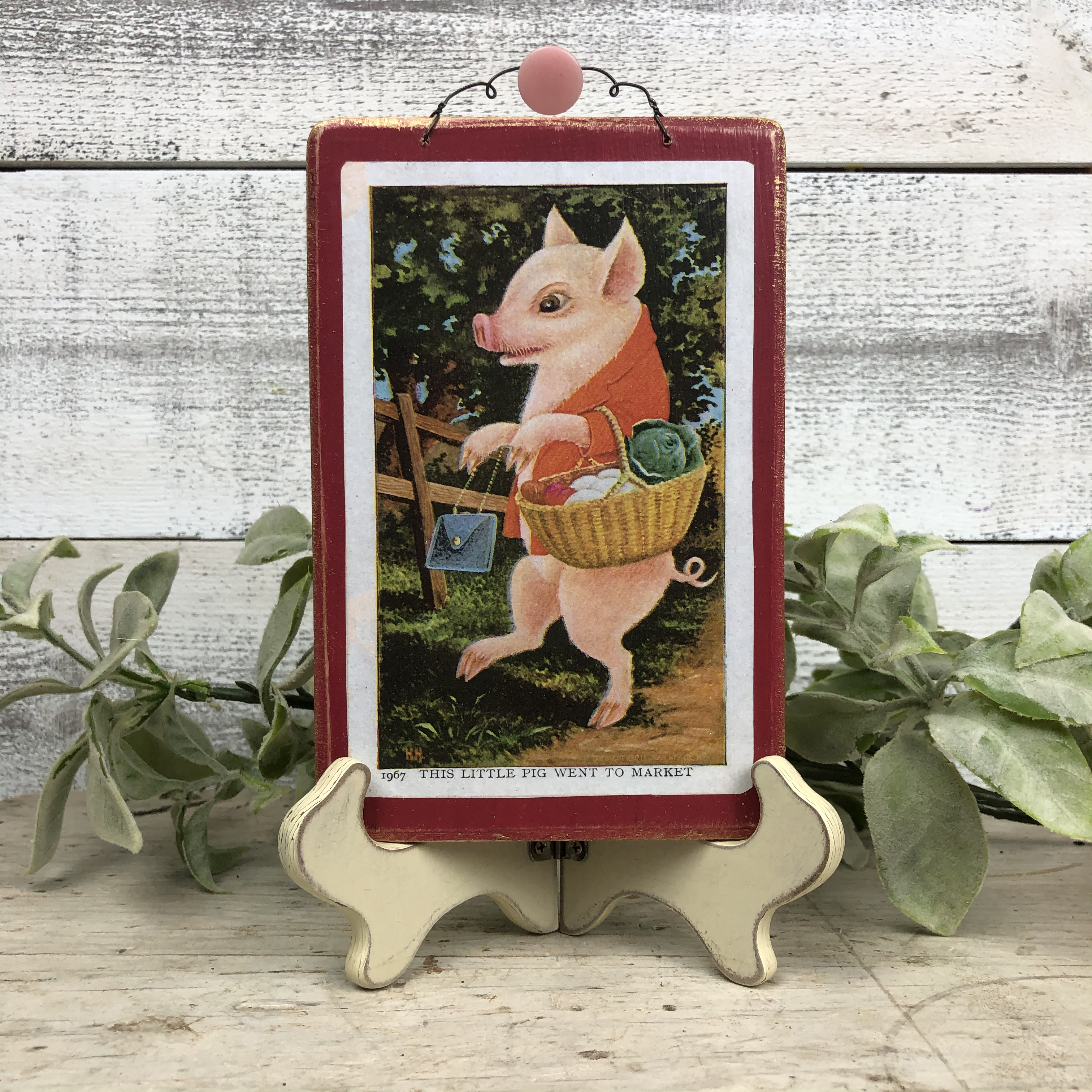 "Vintage Postcard Plaque Decor - ""Little Pig went to the Market"""