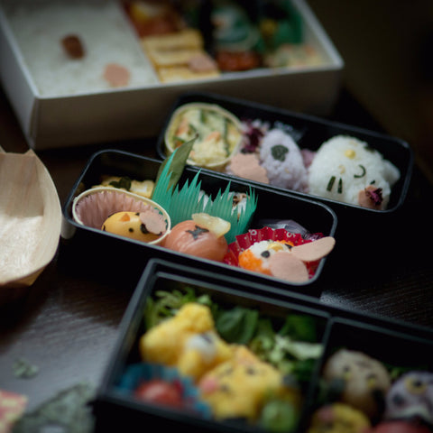 Jaw-dropping Japanese Bento - for One + Child