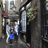 Family Secret London Walking tour - FOR FOUR