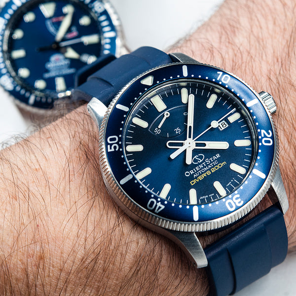 Orient Triton Neptune Star Diver Watch review comparison 200m Blue RA-EL0002L00A RE-AU0302L00B on wrist orientstar
