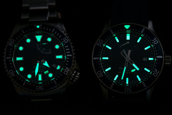 Orient Triton Neptune Star Diver Watch review comparison 200m Blue RA-EL0002L00A RE-AU0302L00B lume shot dial night dark