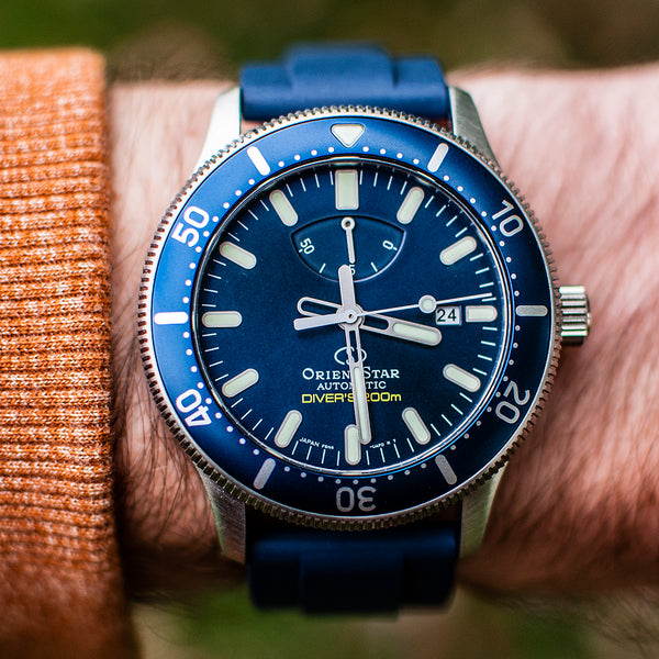 Orient Star Diver Watch review comparison 200m Blue RE-AU0302L00B dial on wrist wearing on orientstar