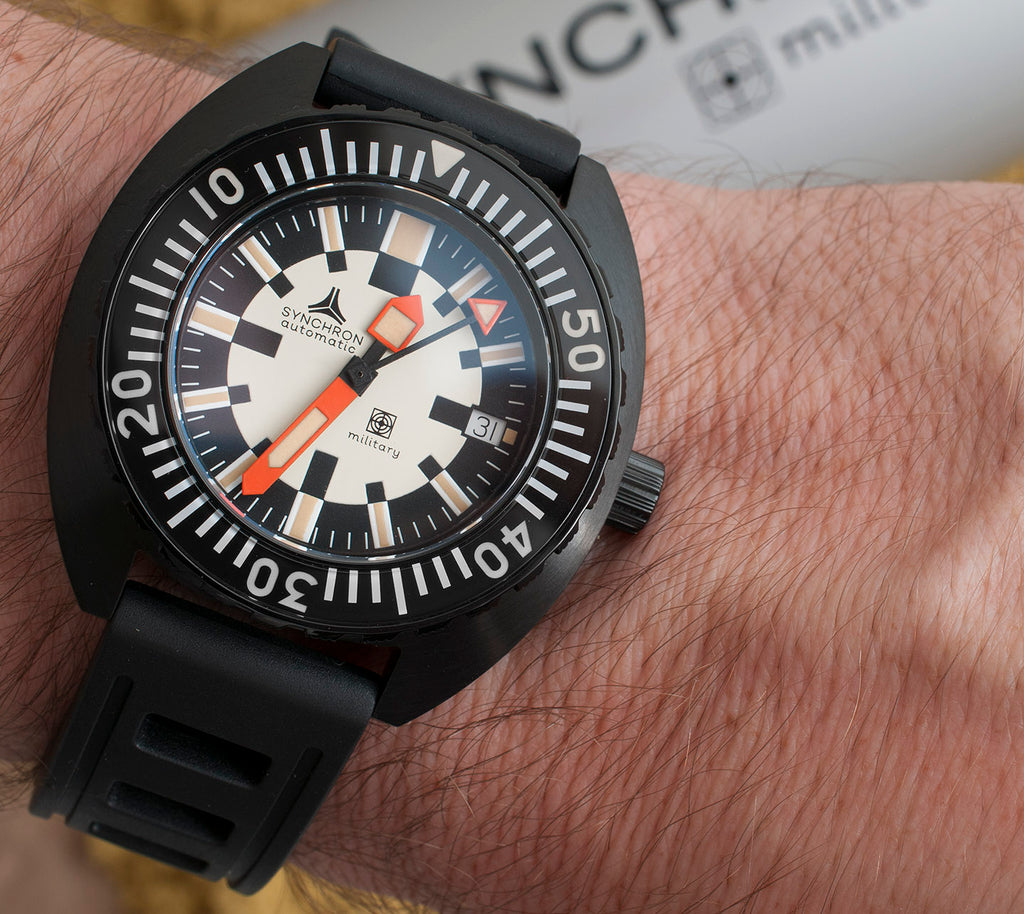 Synchron Military Watch review AR coating