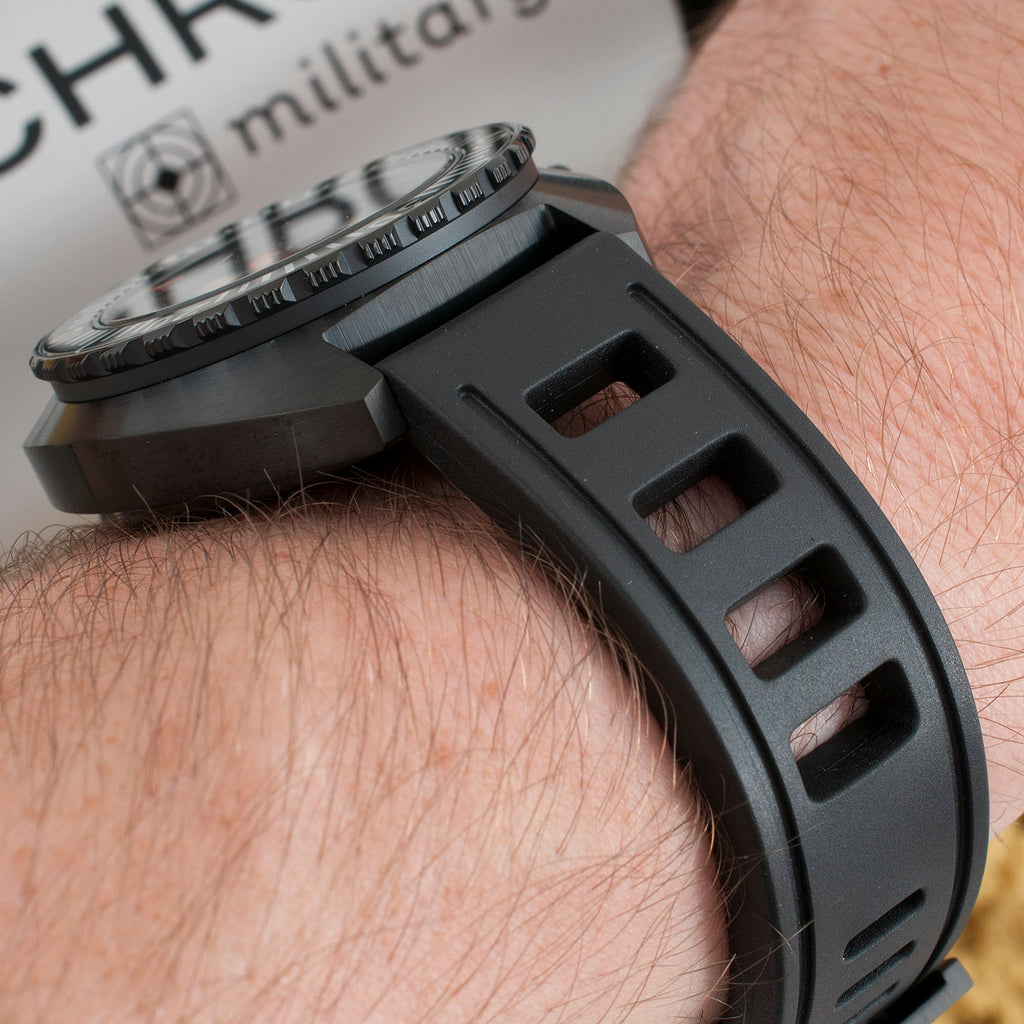 synchron military watch review isofrane black 20mm