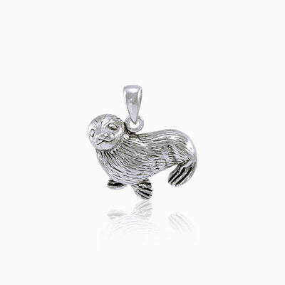 Sitting Seal Silver Pendant TP1519