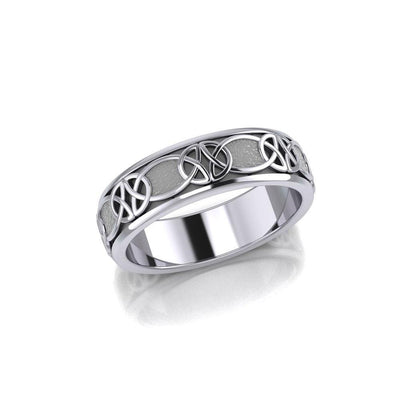 An unending breakthrough ~ Celtic Knotwork Sterling Silver Spinner Ring TR1685