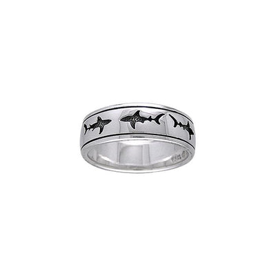 A mighty representation of the ocean ~ Sterling Silver Jewelry Shark School Ring TR3693