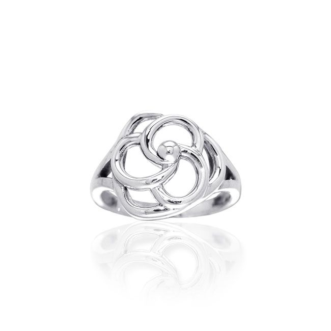Contemporary Ring TRI1127