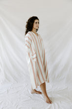 Load image into Gallery viewer, Peach Hudson Tunic