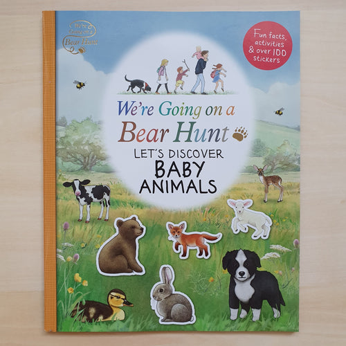 We're Going on a Bear Hunt : Let's Discover Baby Animals