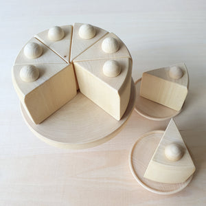 Cake with Cake Stand