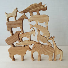 Load image into Gallery viewer, Handmade Wooden Farm Animals Puzzle (6 Piece)