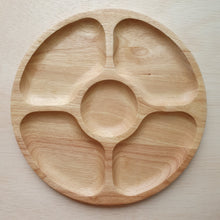 Load image into Gallery viewer, Wooden Tray - 5 Section Rubberwood Circle (28cm)