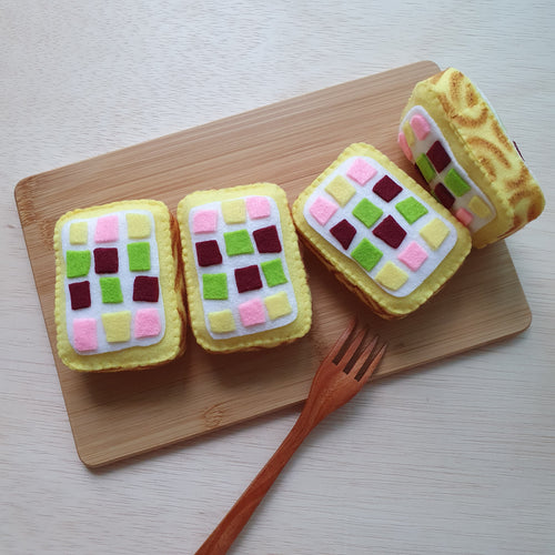 Felt Sweet Treats - Tiger Roll