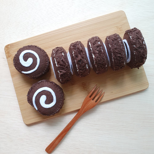 Felt Sweet Treats - Chocolate Rice Roll