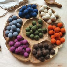 Load image into Gallery viewer, Felt Balls (1.5cm) - Earth (105 pieces)