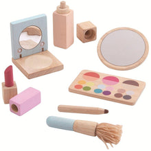Load image into Gallery viewer, Plan Toys Makeup Set