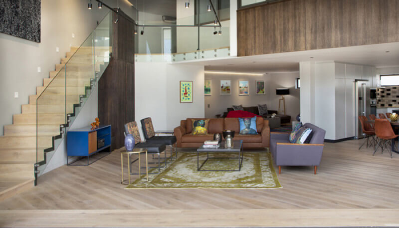 Rubio Monocoat success story about a beautiful private residence in South Africa shows the benefits of using Rubio Moncoat.