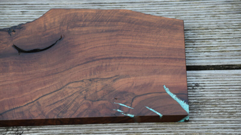 Details of wooden serving board finished with Rubio Monocoat.