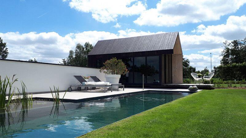 Pool house in Belgium finished with Rubio Monocoat.