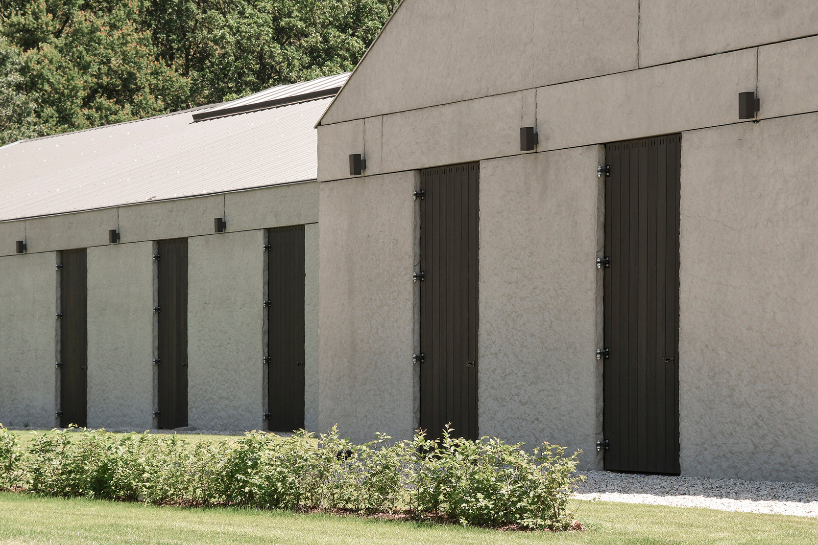 Equine center in Belgium chose Rubio Monocoat to color and protect all exterior wood.
