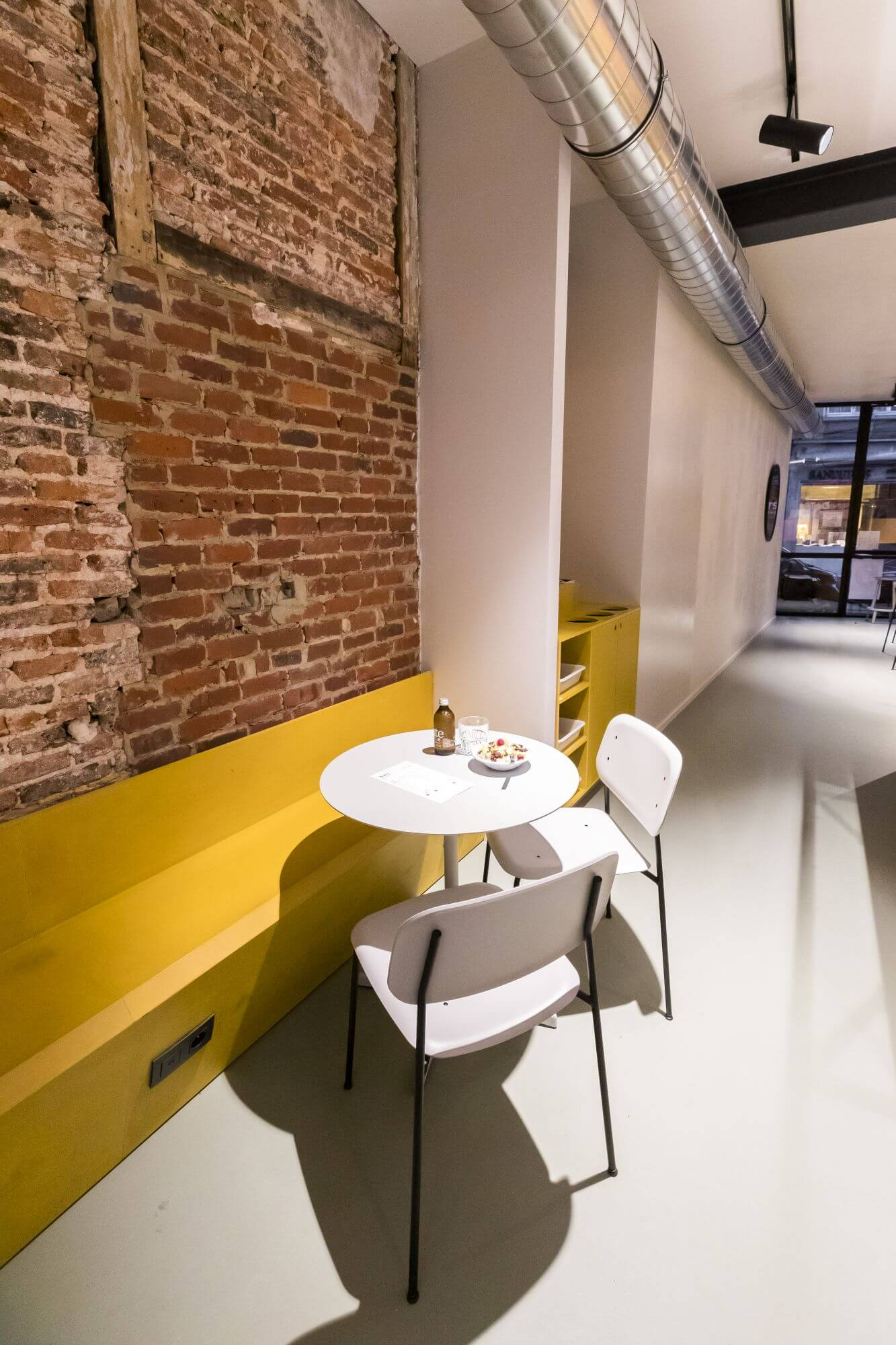 Rubio Monocoat used to finished wood in Belgian restaurant.