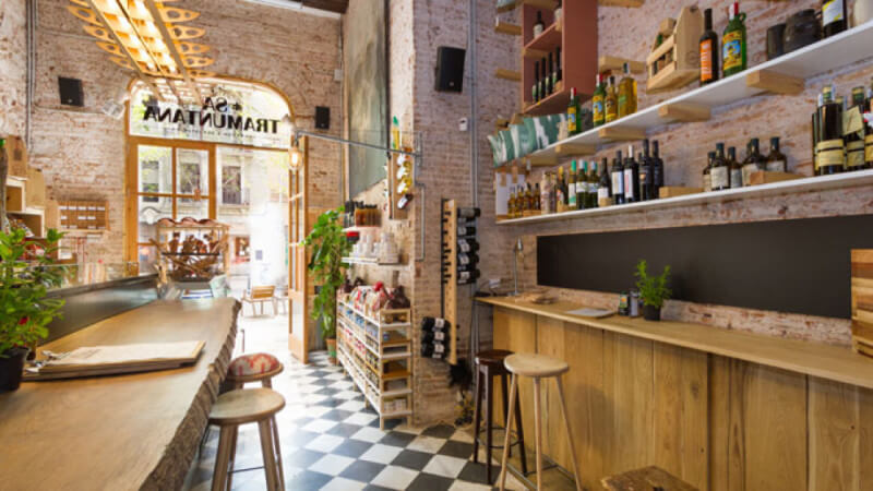 Rubio Monocoat brings out the beauty in wooden features in this restaurant in Barcelona, Spain.